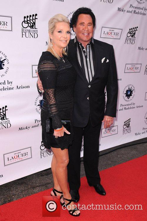 Wayne Newton, R and Kathleen Mccrone 5