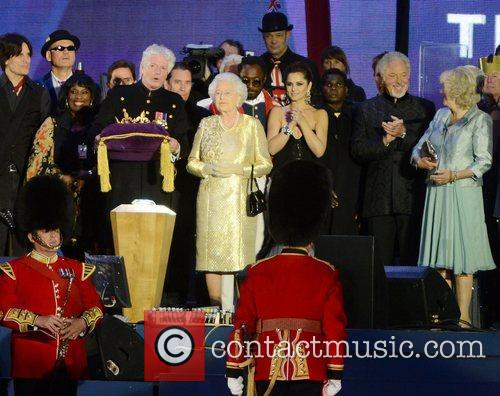 Queen Elizabeth II, Buckingham Palace, Cheryl Cole, Tom Jones