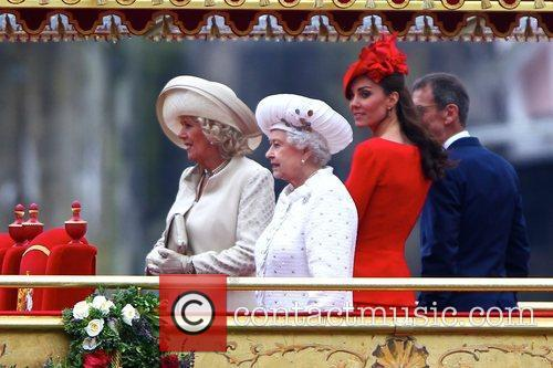 Queen Elizabeth Ii and Kate Middleton 2