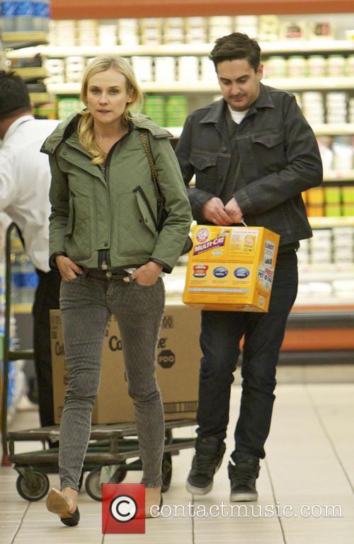 Diane Kruger and Joshua Jackson 5