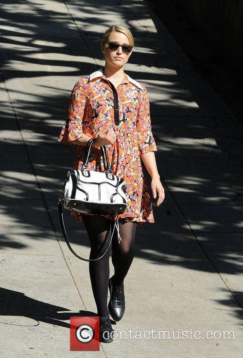 glee star dianna agron arriving at the 4163436