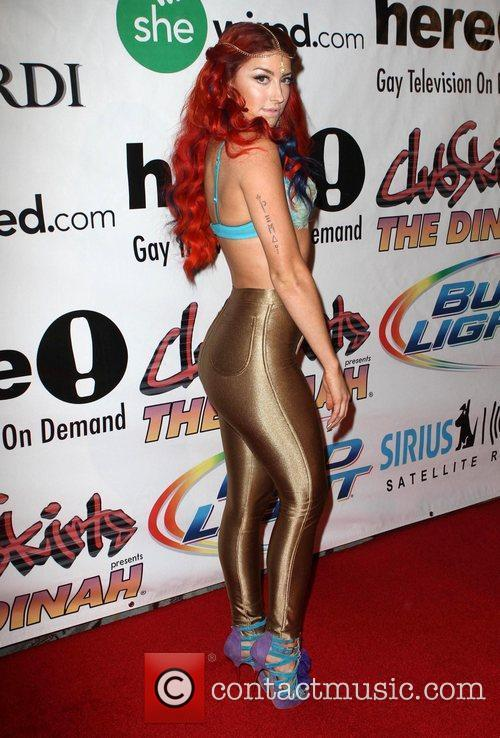 Neon Hitch 7