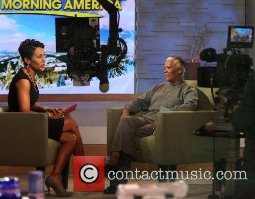 Robin Roberts, Abc, Dionne Warwick and Good Morning America 2