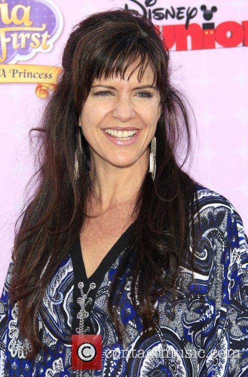 Jennifer Hale 1