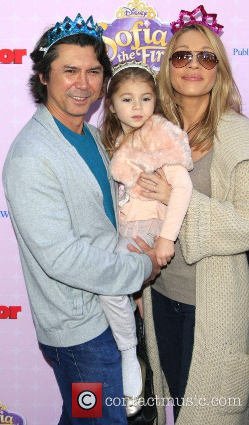 Lou Diamond Phillips, daughter Indigo, wife Yvonne Los...