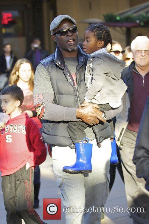 Djimon Hounsou and Kenzo Hounsou 8