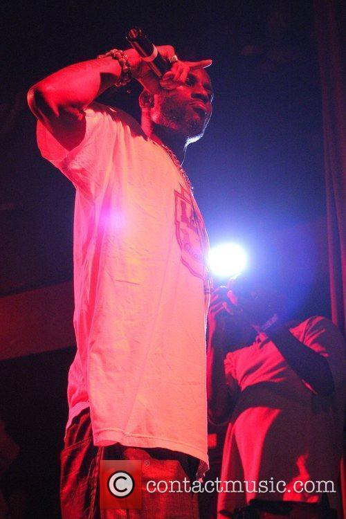 dmx performing and promoting his new cd 5875075