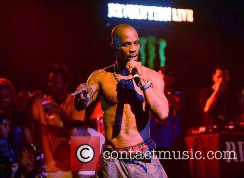 dmx performing live to promote his new 3981473