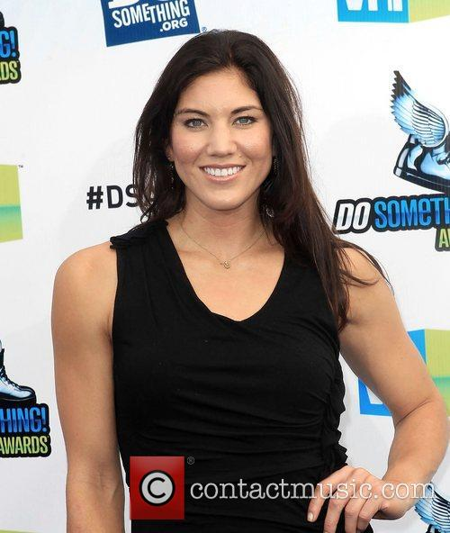 hope solo at the dosomethingorg and vh1s 4039348