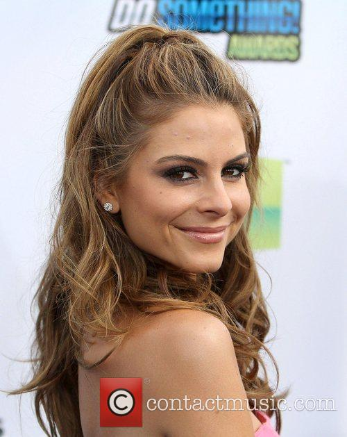 maria menounos at the dosomethingorg and vh1s 4039393