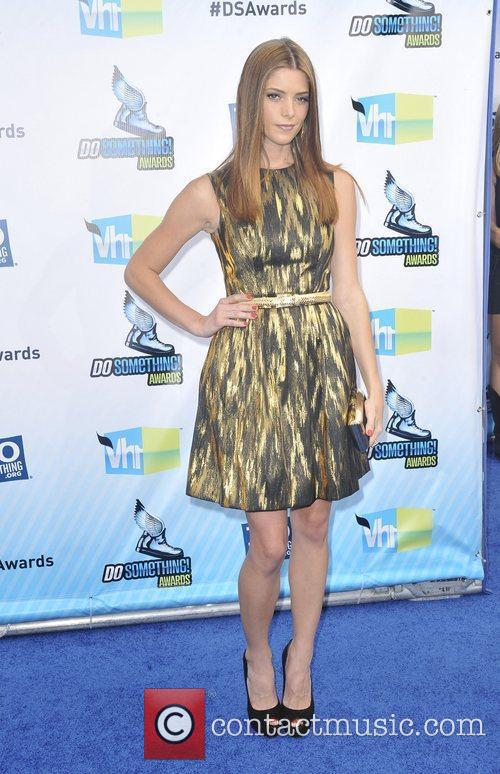 Ashley Greene 8