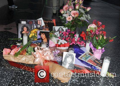 Donna Summer and Walk Of Fame 4