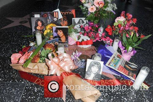 Donna Summer and Walk Of Fame 1