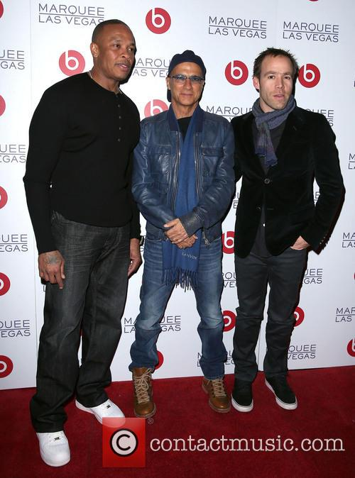 Dr Dre, Jimmy Lovine and Luke Wood 4