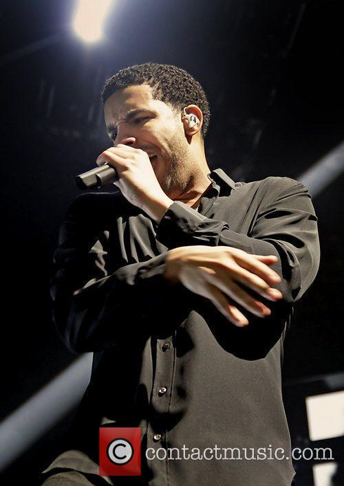 Drake and Manchester Evening News Arena 3