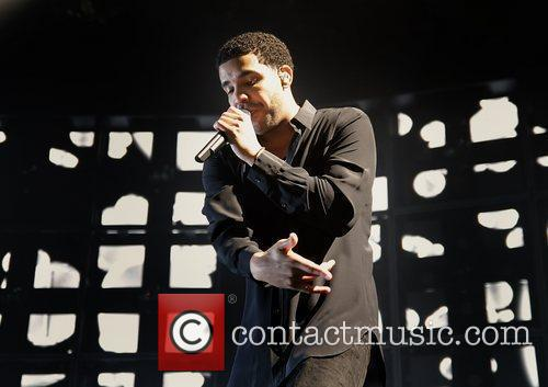 Drake and Manchester Evening News Arena 11