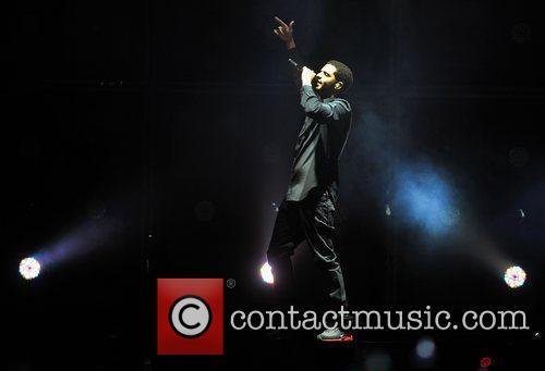 Drake and O2 Arena 5