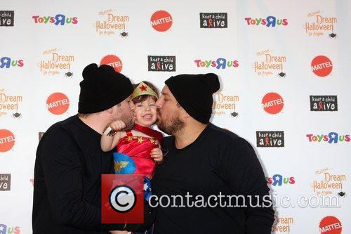 Arrives at 'Keep A Child Alive Presents 2012...