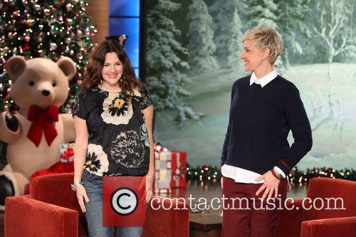 Talk, Show, Ellen Degeneres, Drew Barrymore, Thursday, December, Olive and The Ellen
