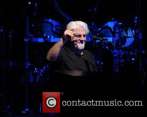 michael mcdonald the dukes of september performing 5884475