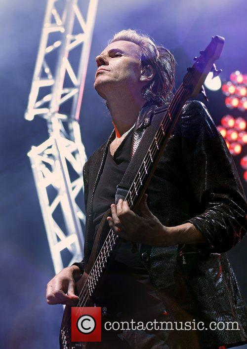 John Taylor and Liverpool Echo Arena 5