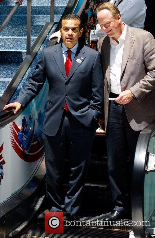 Mayor Antonio Villaraigosa 2012 E3 Expo at Los...