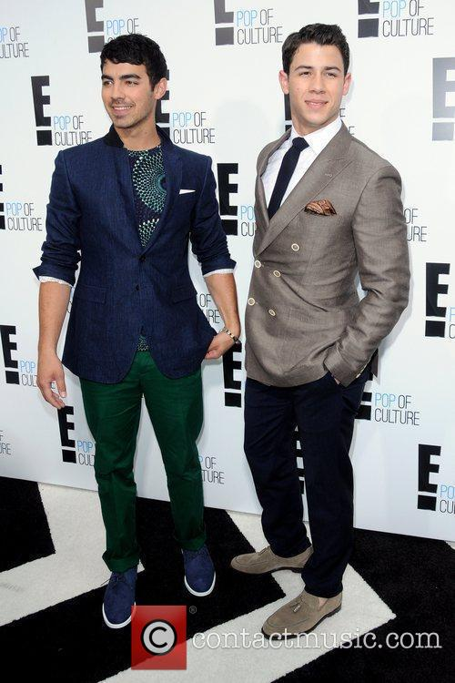 Joe Jonas and Nick Jonas  2012 'E'...