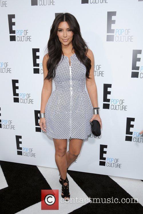 kim kardashian 2012 e upfront presentation arrivals 5834099