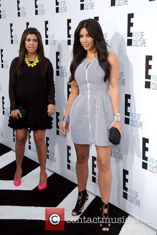 Kourtney Kardashian and Kim Kardashian 7