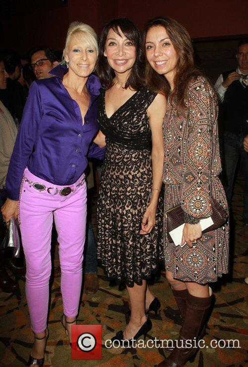 Illeana Douglas and Guests 3