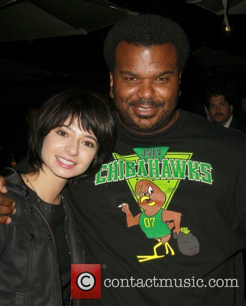 Kate Micucci, Craig Robinson  'Easy to Assemble'...