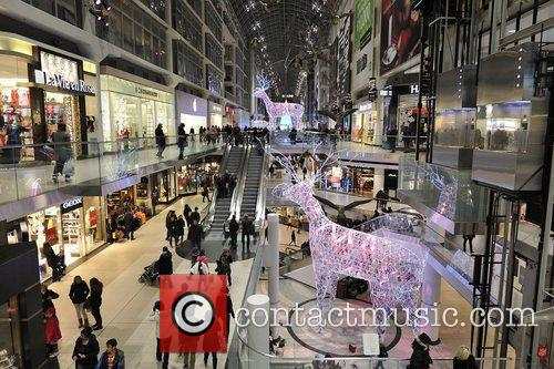 Toronto Eaton Centre's one-of-a-kind Christmas Tree on display