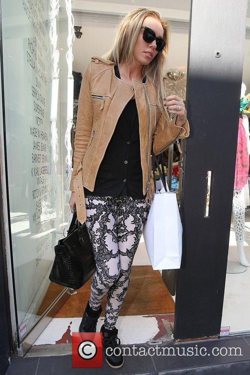 Petra Ecclestone shopping with her sister on the...