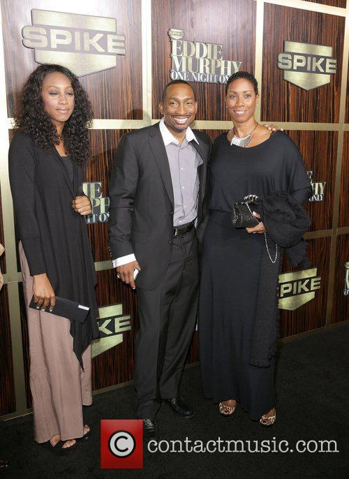 Attends Spike TV's 'Eddie Murphy: One Night Only'...