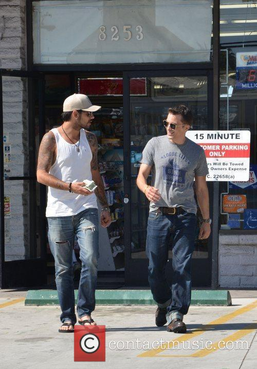Eduardo Cruz and Olivier Martinez 9