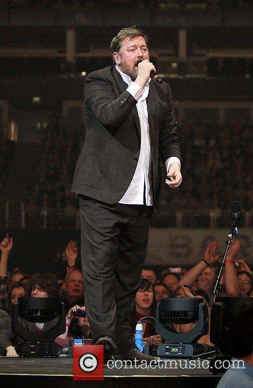 Guy Garvey, Elbow and O2 Arena 5