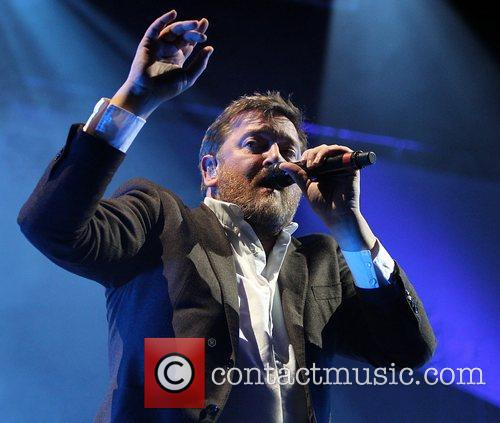 Guy Garvey, Elbow and O2 Arena 4