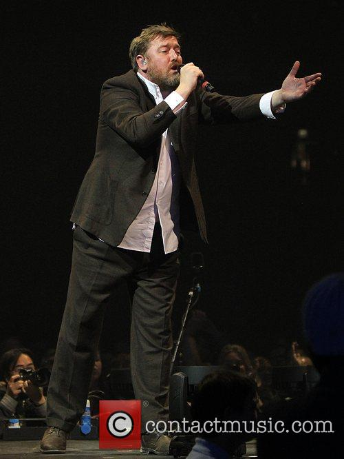 Guy Garvey, Elbow and O2 Arena 6