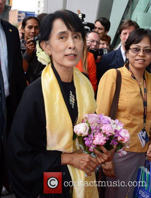 Aung San Suu Kyi Guests honour Aung San...