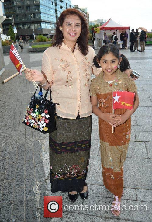 Myal Myal Ayesoe, Sarah Soe Guests honour Aung...