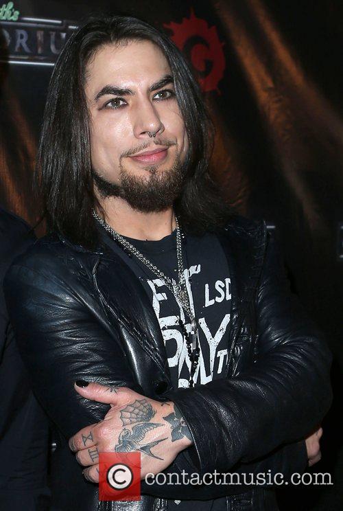Dave Navarro 5