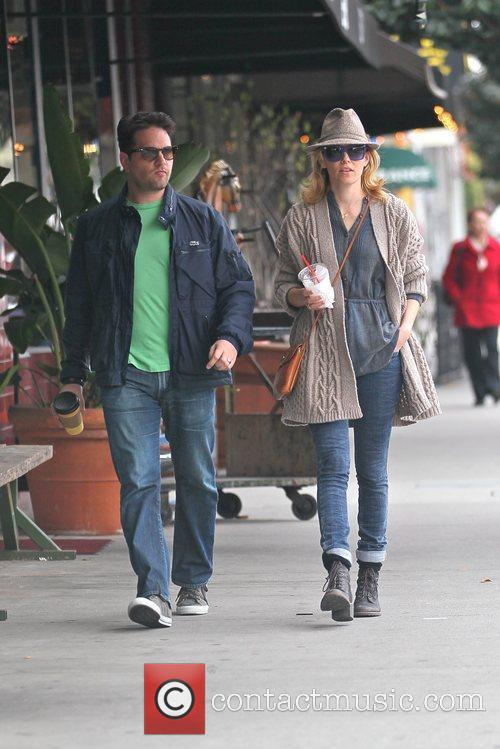 Elizabeth Banks and Max Handelman 4