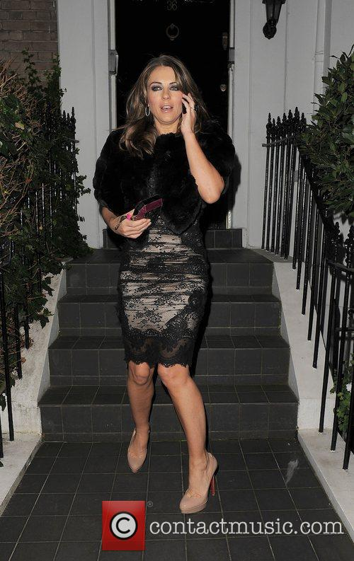 elizabeth hurley leaving her house to attend 4187459