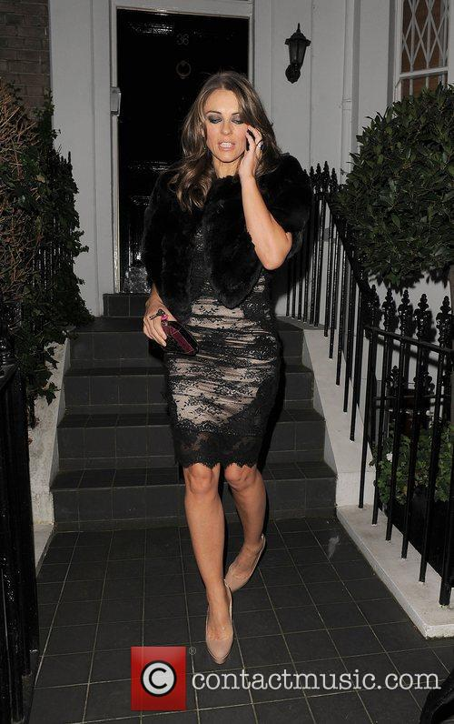 elizabeth hurley leaving her house to attend 4187461