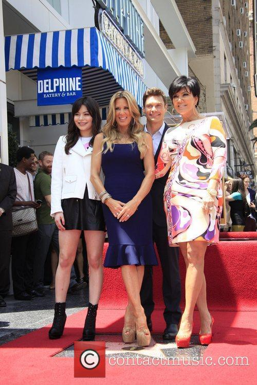 Miranda Cosgrove, Kris Jenner, Ryan Seacrest and Star On The Hollywood Walk Of Fame 4