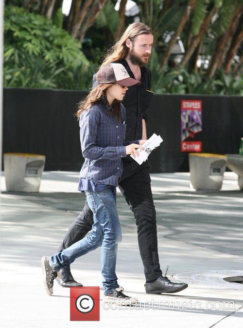 ellen page at the staples centre with 3939065