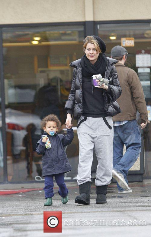 Ellen Pompeo and her daughter Stella out and...