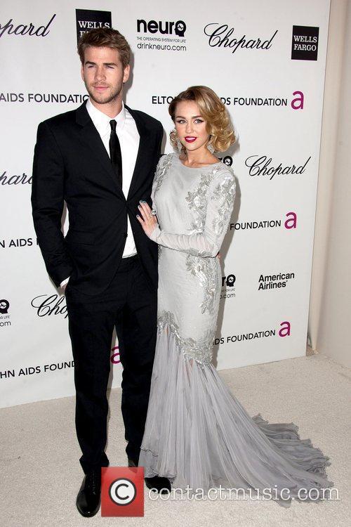 Liam Hemsworth and Miley Cyrus 3