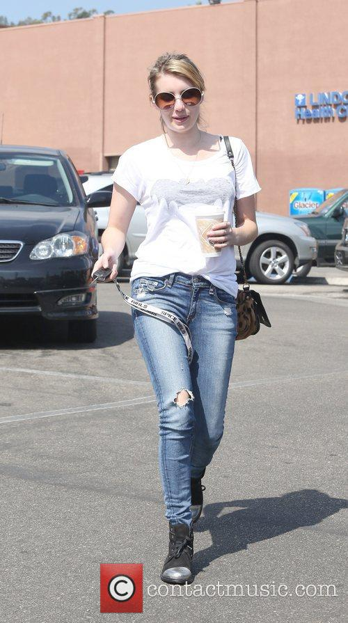 Emma Roberts and Beverly Hills 7