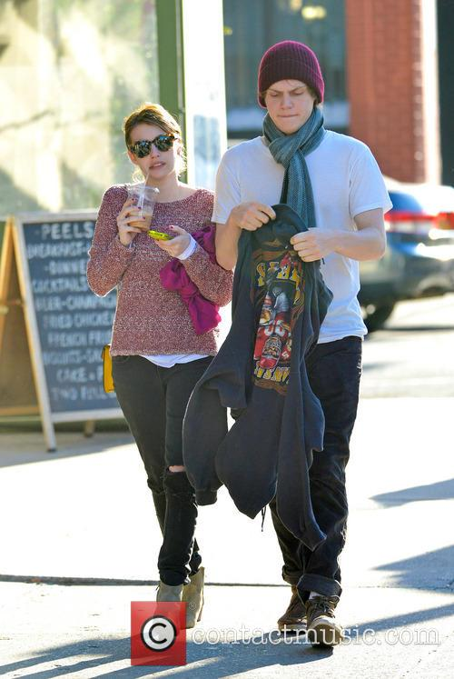 Emma Roberts and Evan Peters 3